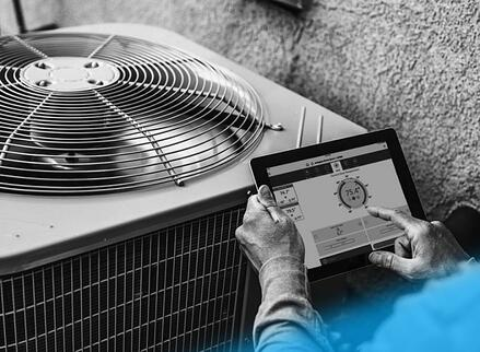 how-iot-based-hvac-systems-help-improve-energy-efficiency-commercial-buildings-hero