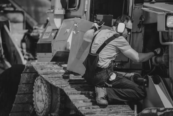 Equipment-Maintenance-1x-tiny