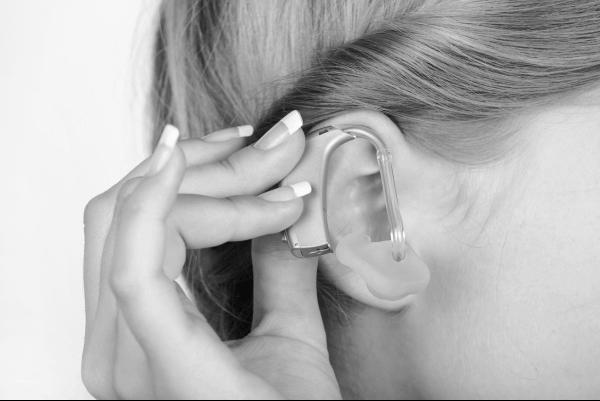 Hearables-1x-tiny